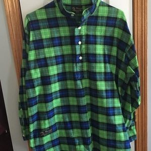 Other - The Vermont Flannel Co. Henley Shirt size Medium